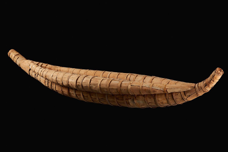 Rex Greeno, model paperbark canoe, 2013, courtesy of the artist. Photo credit: Rémi Chauvin