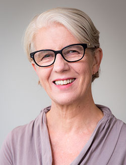 Headshot of Professor Di Nicol