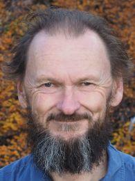 Associate Professor Leon Barmuta