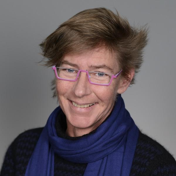 Dr Lucy Tatman