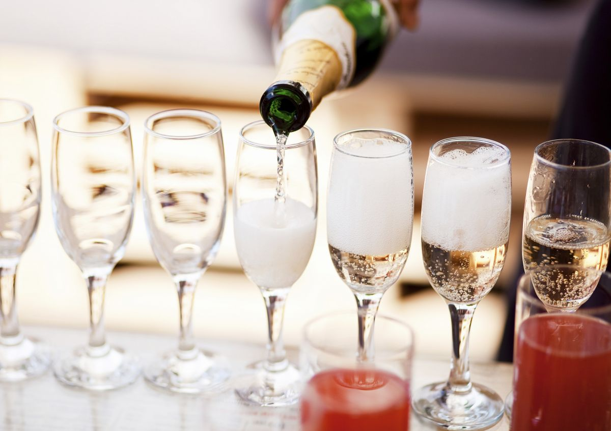Popping the cork on sparkling wine research - UTAS