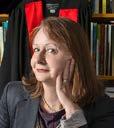 Headshot of Professor Maggie Walter.
