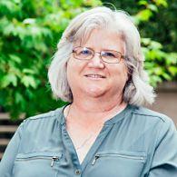 Dr Robyn Reaburn