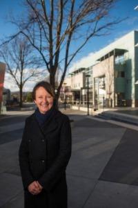 Professor Jane Pirkis, recipient of the Distinguished Alumni Award 2017