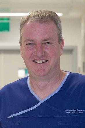 Dr Paul MacIntyre
