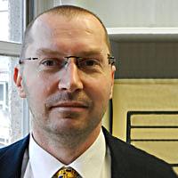 Dr Darren Pullen