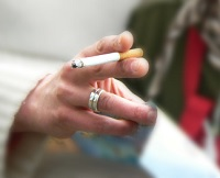 New Tasmanian community trial aims to reduce smoking rates with incentives
