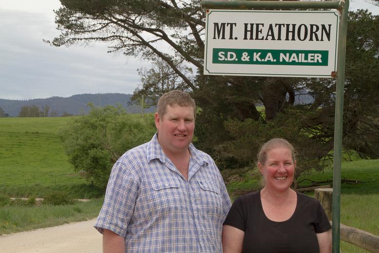 Nailer farm sign
