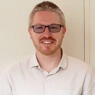 Dr Christopher Rayner