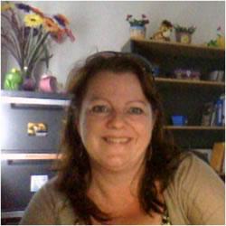 Ms Diane Keygan